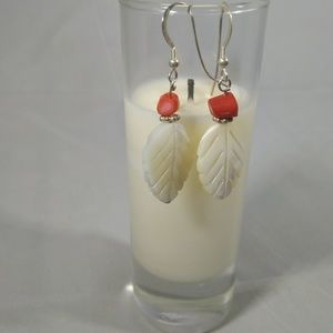 Jewelry - 925 Sterling Silver Mother of Pearl Leaf Earrings